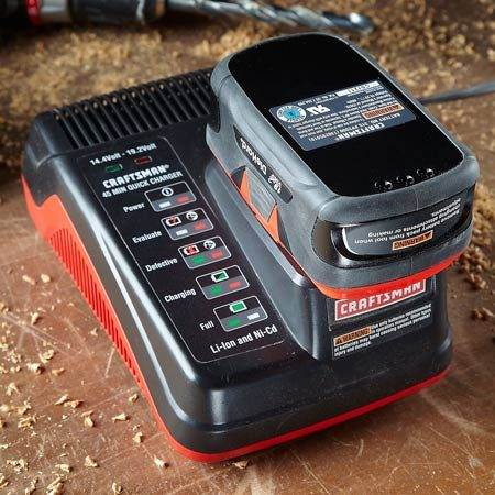 <b>Lithium-ion battery and charger</b></br> It's best to keep lithium-ion batteries at full charge, store them in a cool place and use them often.
