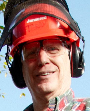 <b>Meet the pro</b></br> Bob Tacke has been involved in the chain saw industry for 30 years and has taught dozens of safety classes. He teamed up with us for this story, as he has over the past 12 years. Thanks, Bob!