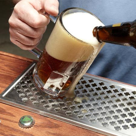 <b>Easy cleanup</b></br> Beer drip trays catch spills, keep them off the finish and clean up easily. Just cut a recess out of the upper bar top layer to create a perfect pocket for the tray.