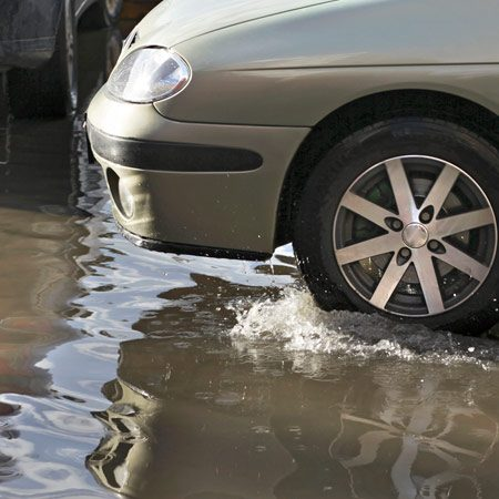 <b>Flood deaths</b><br/>More than half of flood-related drownings involve a vehicle. <br/>Getty Images/Airportrait