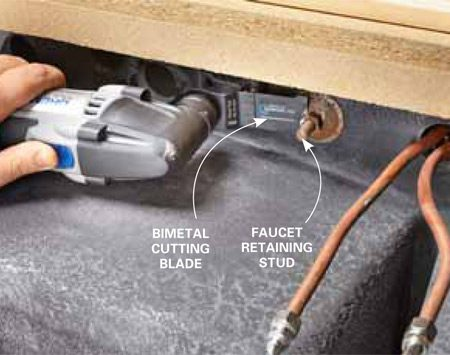 <b>Use a bimetal cutting blade for rusted nuts </b><br/>Pull off the impossible by using an oscillating tool equipped with a high-quality bimetal cutting blade.