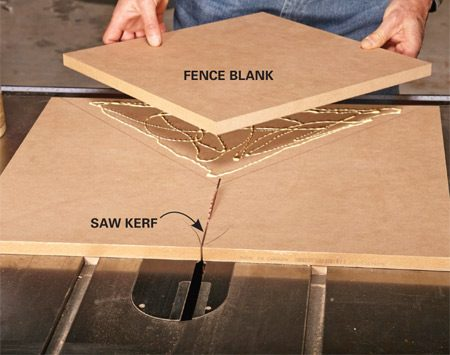 <b>Photo 4: Glue on the first fence layer</b></br> <p>Apply some glue to the fence blank and sled base. Line up the tip of the blank with the saw kerf and the two other corners with the back edges of the table. Clamp it in place with a paint can for 15 minutes.</p>