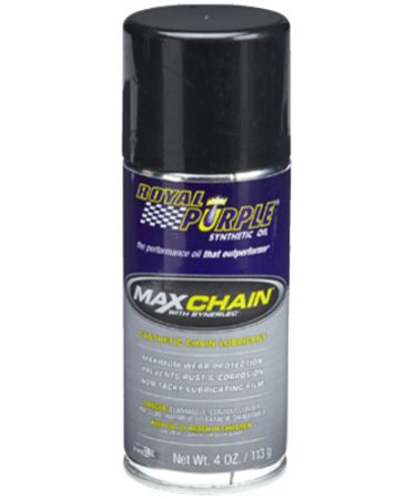 <b>Stays on the chain</b></br> Chain lube penetrates deep into roller chain links and doesn't fly off when the chain is in motion.