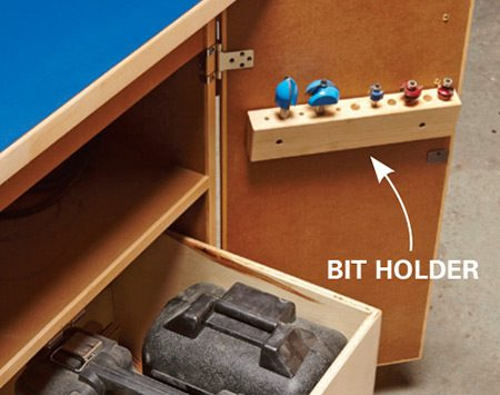 <b>Super storage</b></br> Store your routers, bits and accessories in one convenient place.
