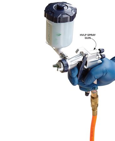 <b>Sprays only what you want to spray</b><br/><p>A high-volume low-pressure (HVLP) spray gun eliminates overspray.</p>
