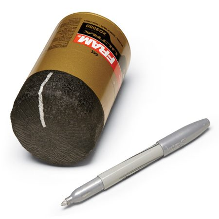 <b>Mark the filter's position when the filter gasket first makes contact</b></br> <p>A white paint pen works well for black or other dark-colored  filters. Black felt pens work well on brighter-colored filters.</p>