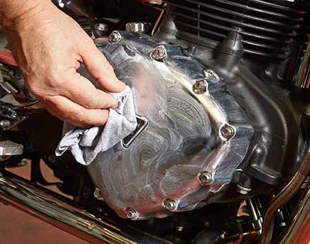 <b>Photo 5: Shine up the chrome</b></br> <p>Apply polish to a cotton rag and polish the chrome until the haze almost disappears. Wipe off any remaining haze with a clean section of the rag.</p>