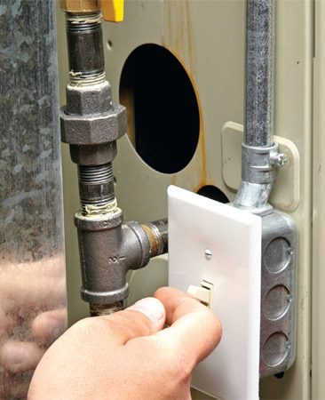 <b>Photo 2: Perform a furnace reset</b></br> <p>Flip the furnace power switch to off and wait for at least five minutes. Then turn on the power and let the furnace restart. </p>