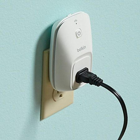 <b>WeMo switch</b></br> <p>Control a receptacle with a plug-in WeMo switch. </p>