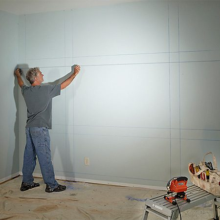 <b>Photo 1: Mark it out on the wall</b></br> <p>Mark the location of the framing and snap chalk lines on the wall. Make sure there's at least 1/2 in. between the outside lines and the walls, floor and ceiling, and that the lines are level and plumb.</p>