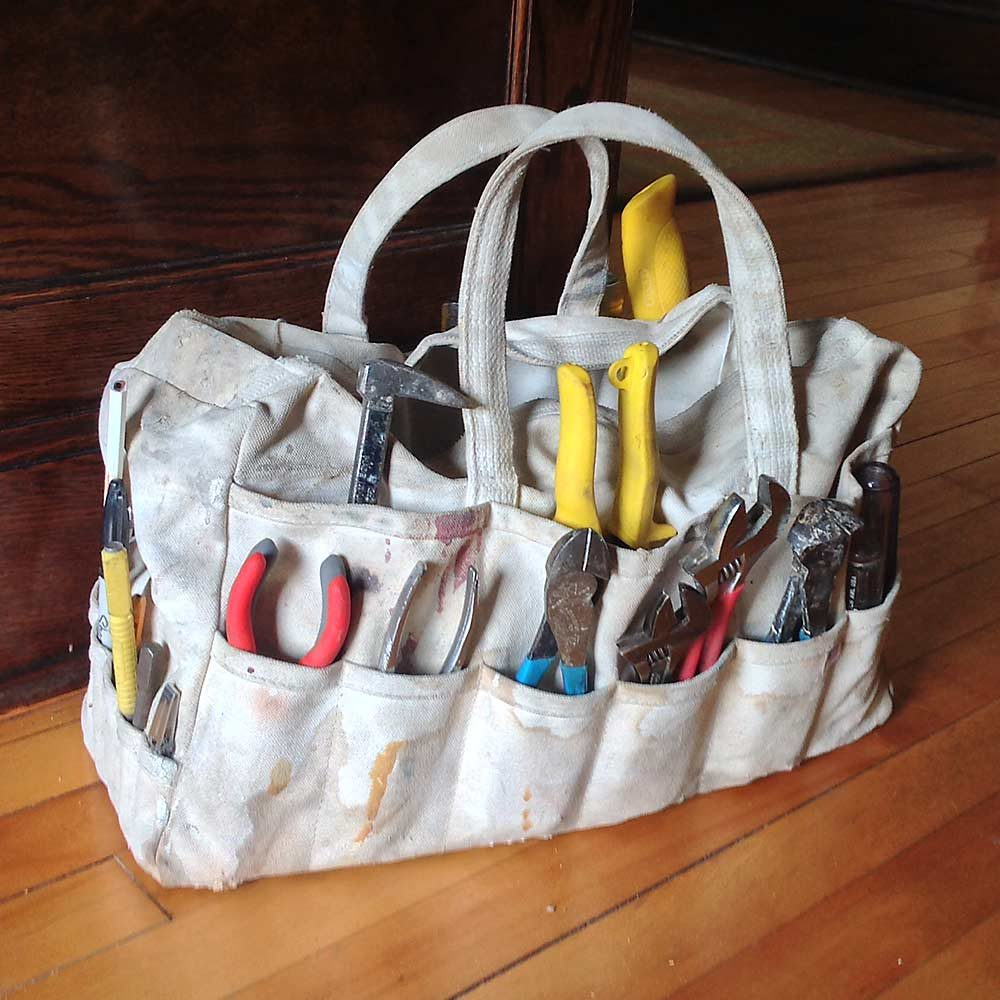 Floor-Friendly Tool Tote