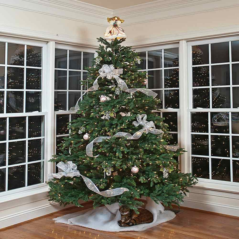 Keep Cat Away From Christmas Tree: Handy Tips And Hacks For Christmas Trees