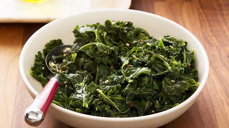 how to cook kale in a pan