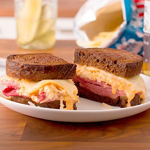 How to Make a Reuben Sandwich that Outdoes the Deli
