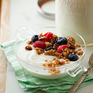 How to Make Yogurt at Home (and Save a Ton of Money)
