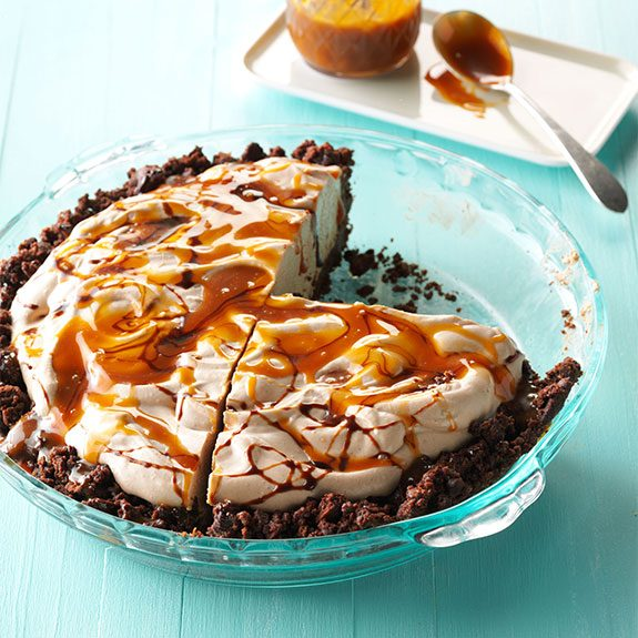 no-bake mocha pie with caramel