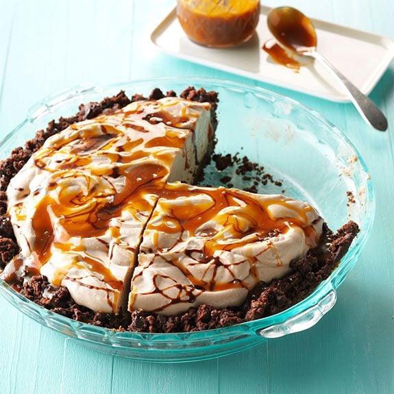 no-bake mocha pie with caramel