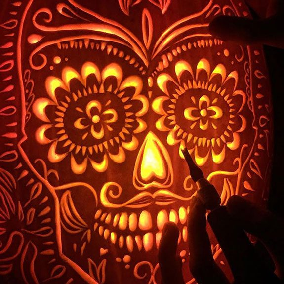 8 Incredible Pumpkin Carving Tips We Learned From the Pros