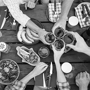 The Secret History Behind the Most Iconic American Picnic Traditions, Revealed