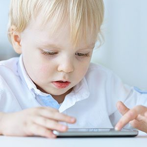 6 Fun Activities For Kids, Inspired by Popular Smartphone Apps