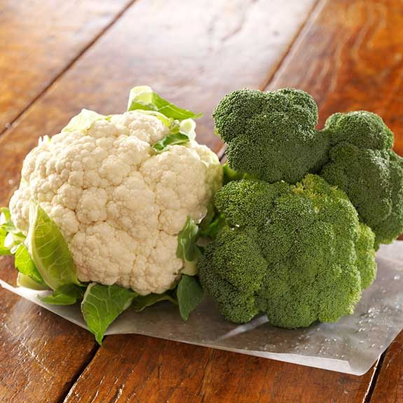 Steamed broccoli and cauliflower make a healthy and delicious side dish.