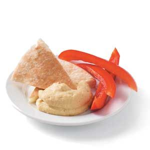 Hummus with pita and red pepper