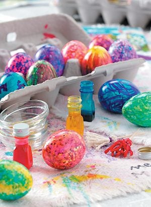 An Egg-Cellent Easter Egg Dying Party!