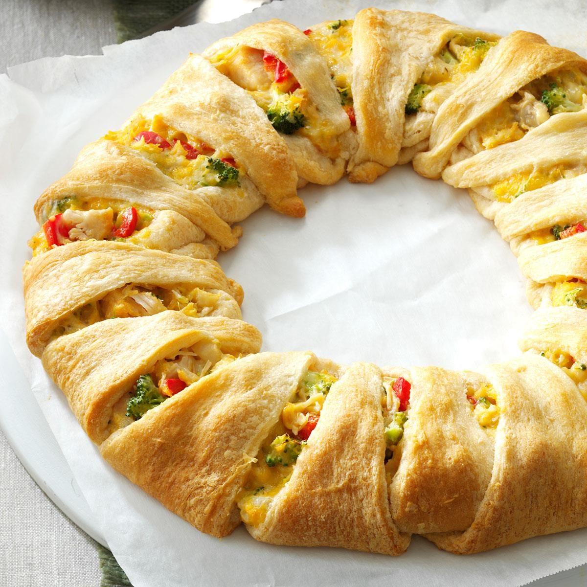 Chicken Crescent Wreath Recipe | Taste of Home