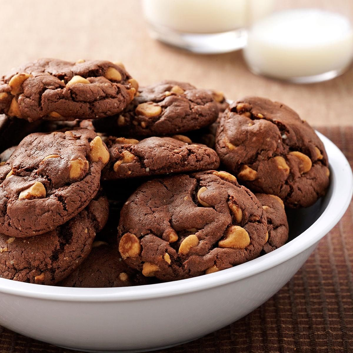 Chocolate Peanut Butter Chip Cookies Recipe | Taste of Home