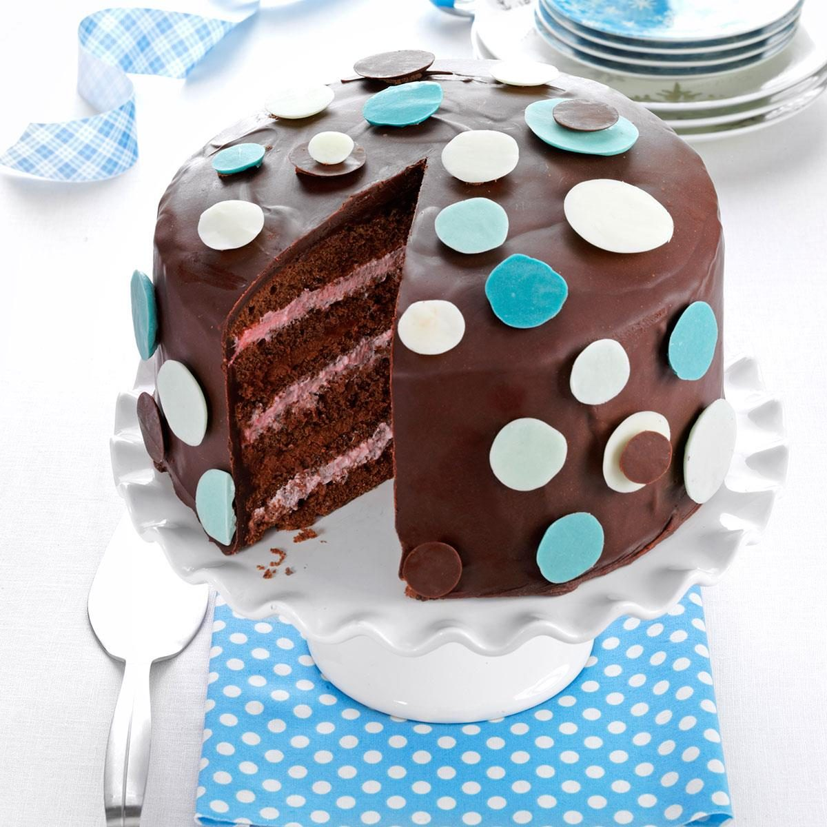 How Can I Decorate Cake At Home : How To Decorate Chocolate Cake At Home - Drip Cake For The ...