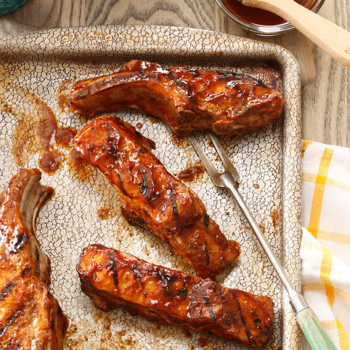 Country style grilled ribs recipe taste of home for Side dishes for bbq ribs and chicken