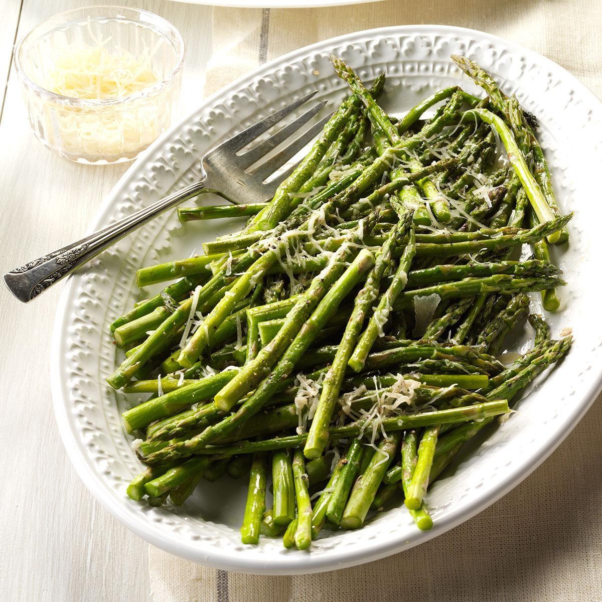 parmesan asparagus recipe taste of home. Black Bedroom Furniture Sets. Home Design Ideas
