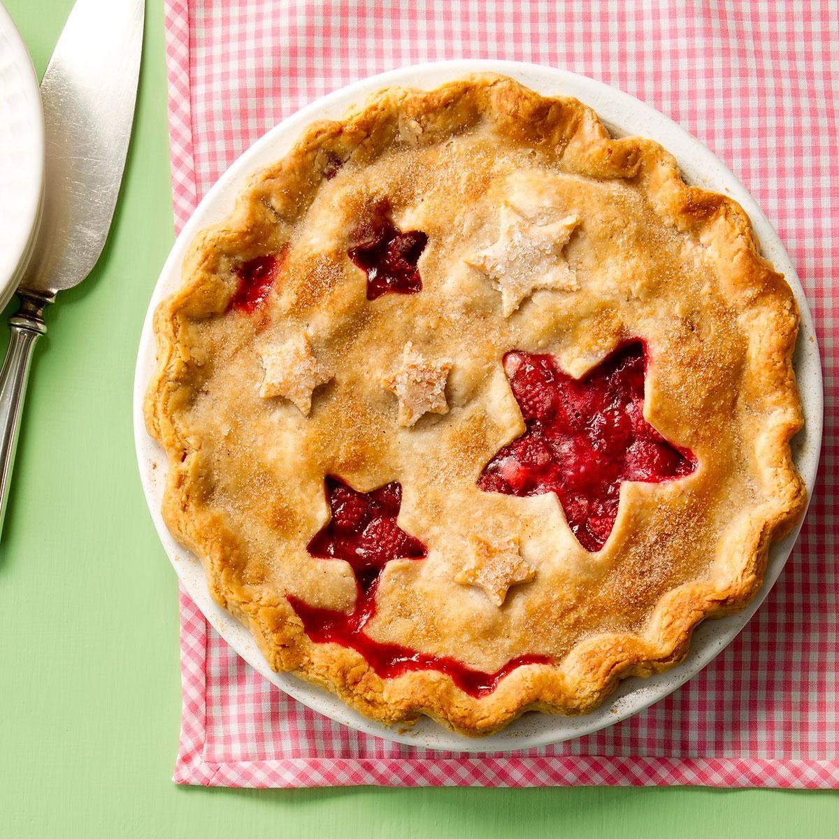 Juicy Raspberry Pie Recipe | Taste of Home