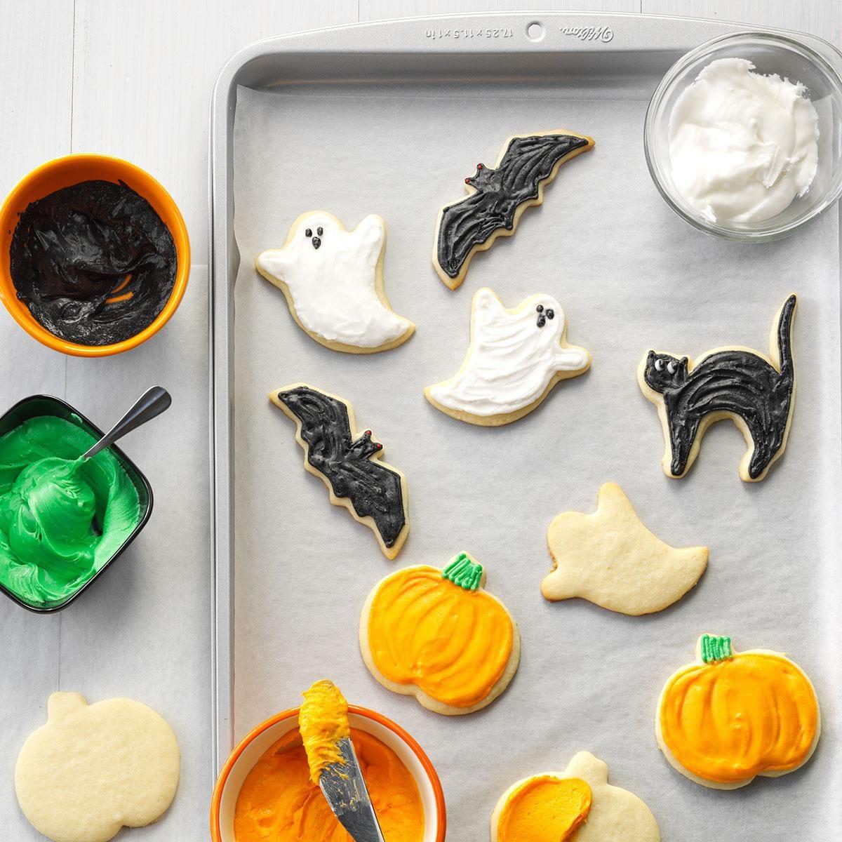 Halloween Pumpkin Cookie Decorating Ideas: Halloween baking ideas ...