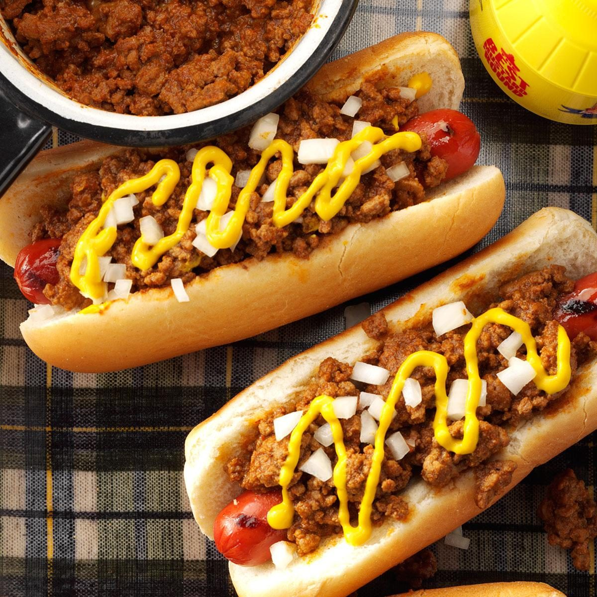 old fashioned coney hot dog sauce recipe taste of home. Black Bedroom Furniture Sets. Home Design Ideas