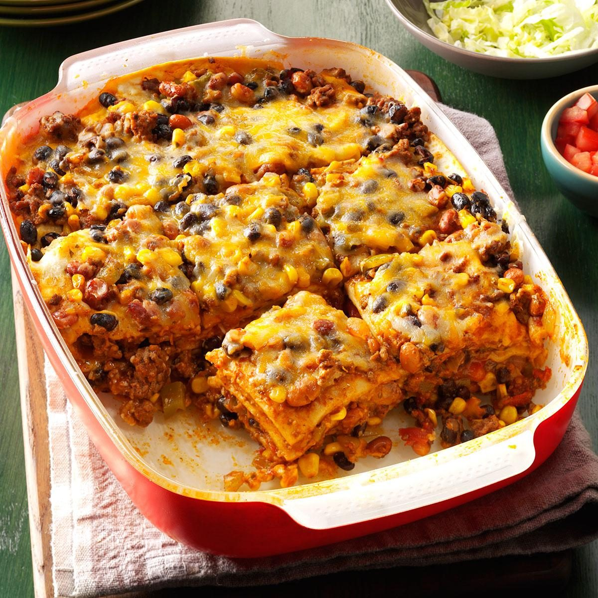 Chicken Casserole Recipes Go quick and easy with one of our best chicken casserole recipes. Allrecipes has more than casserole ideas including chicken and rice, chicken and broccoli, chicken enchiladas and creamy chicken casseroles.
