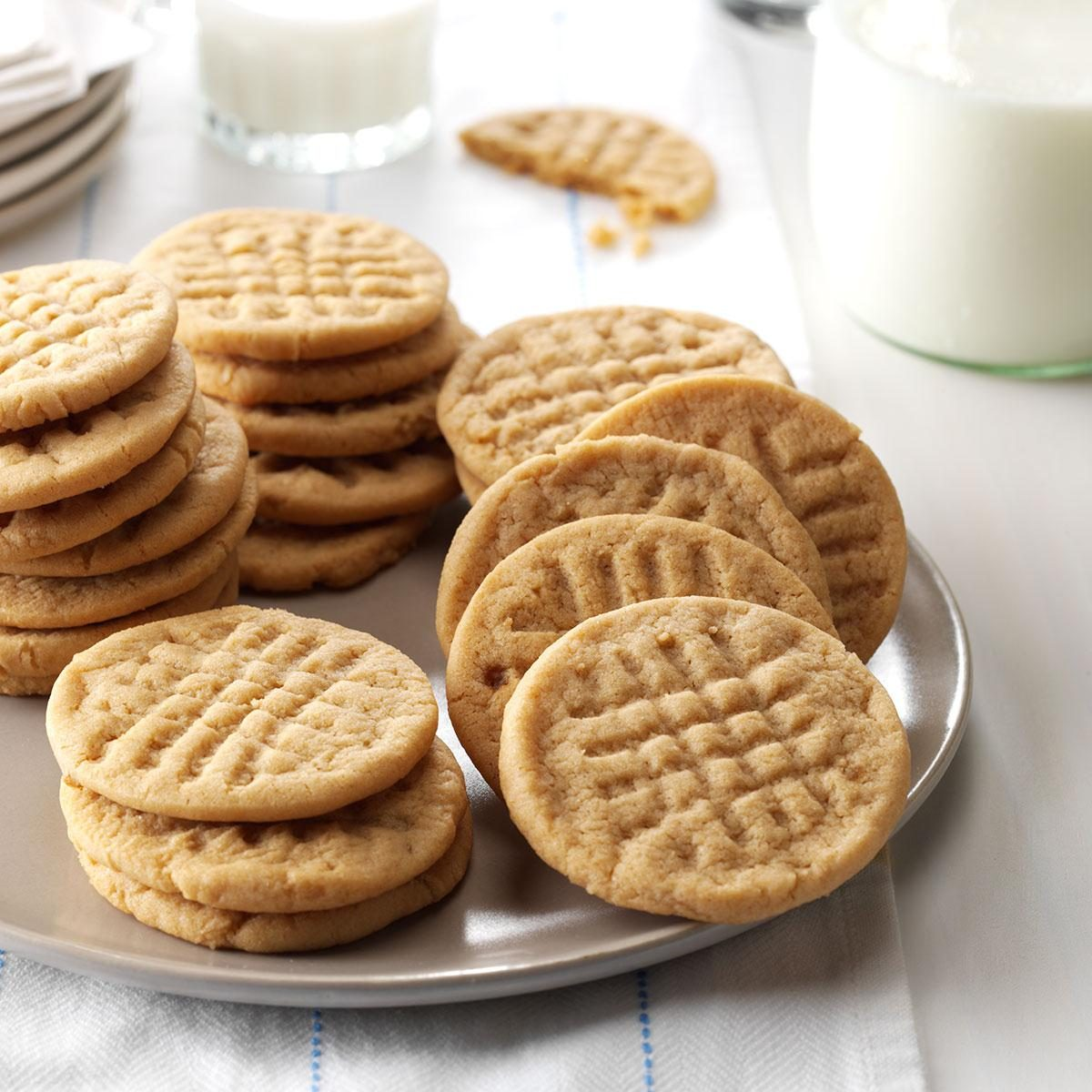 Low-Fat Peanut Butter Cookies Recipe | Taste of Home