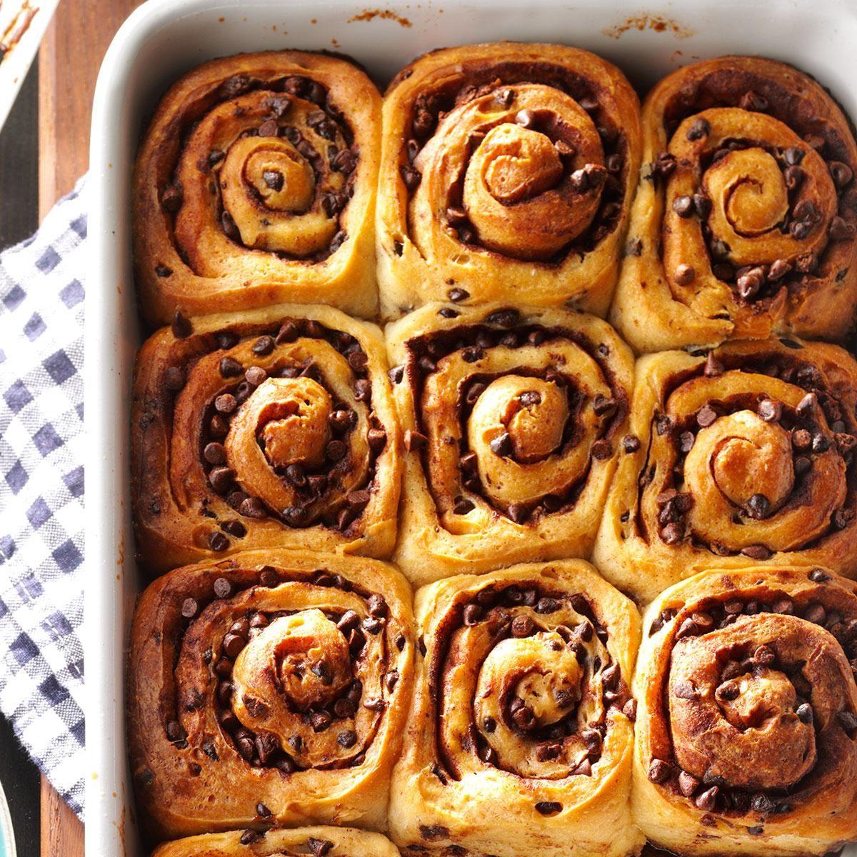 recipe: ooey-gooey cinnamon buns [28]