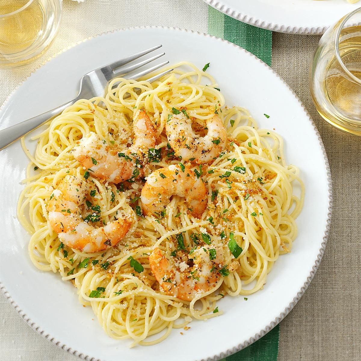 Shrimp scampi recipe taste of home for Easy things to make for dinner for two