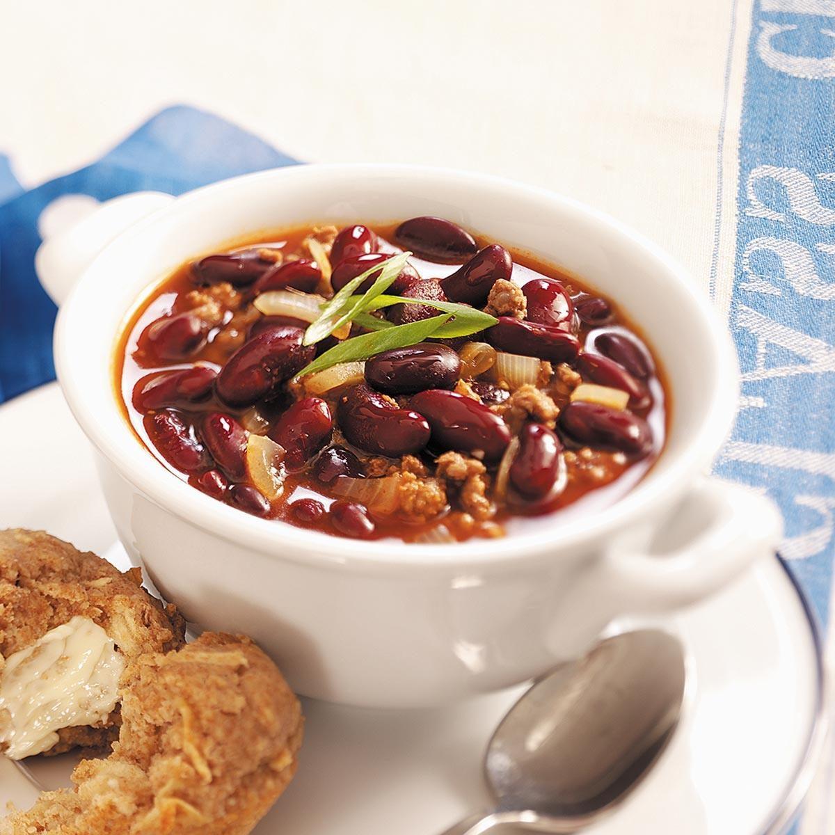 Southwest chili con carne recipe taste of home - Chili con carne maison ...