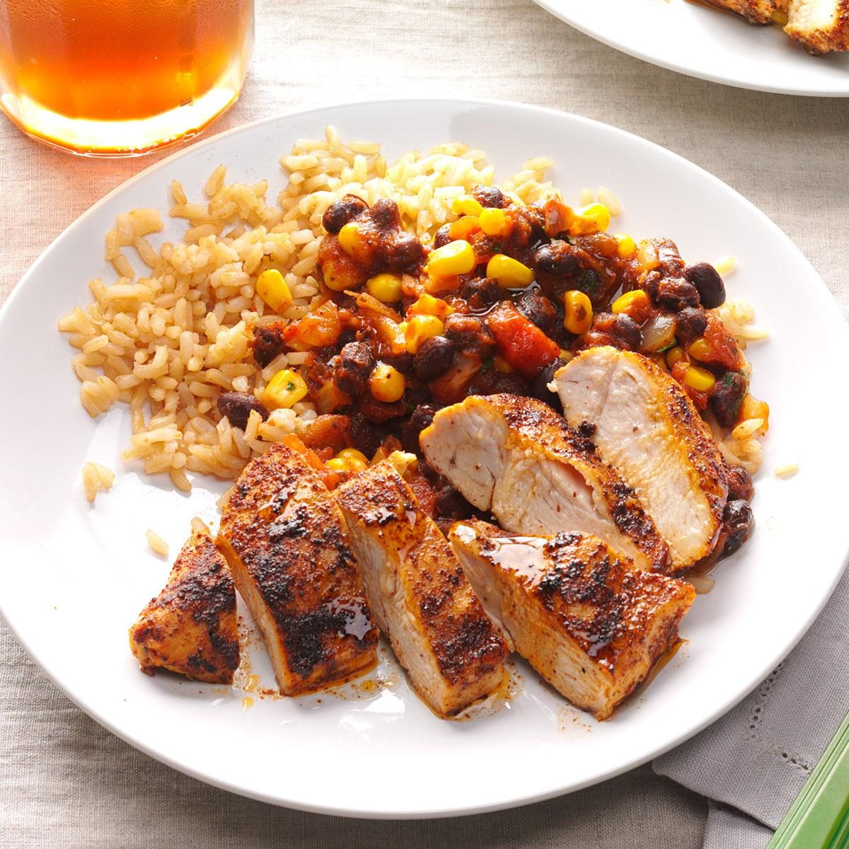 Top 10 mexican dinner recipes taste of home black bean chicken with rice forumfinder Gallery