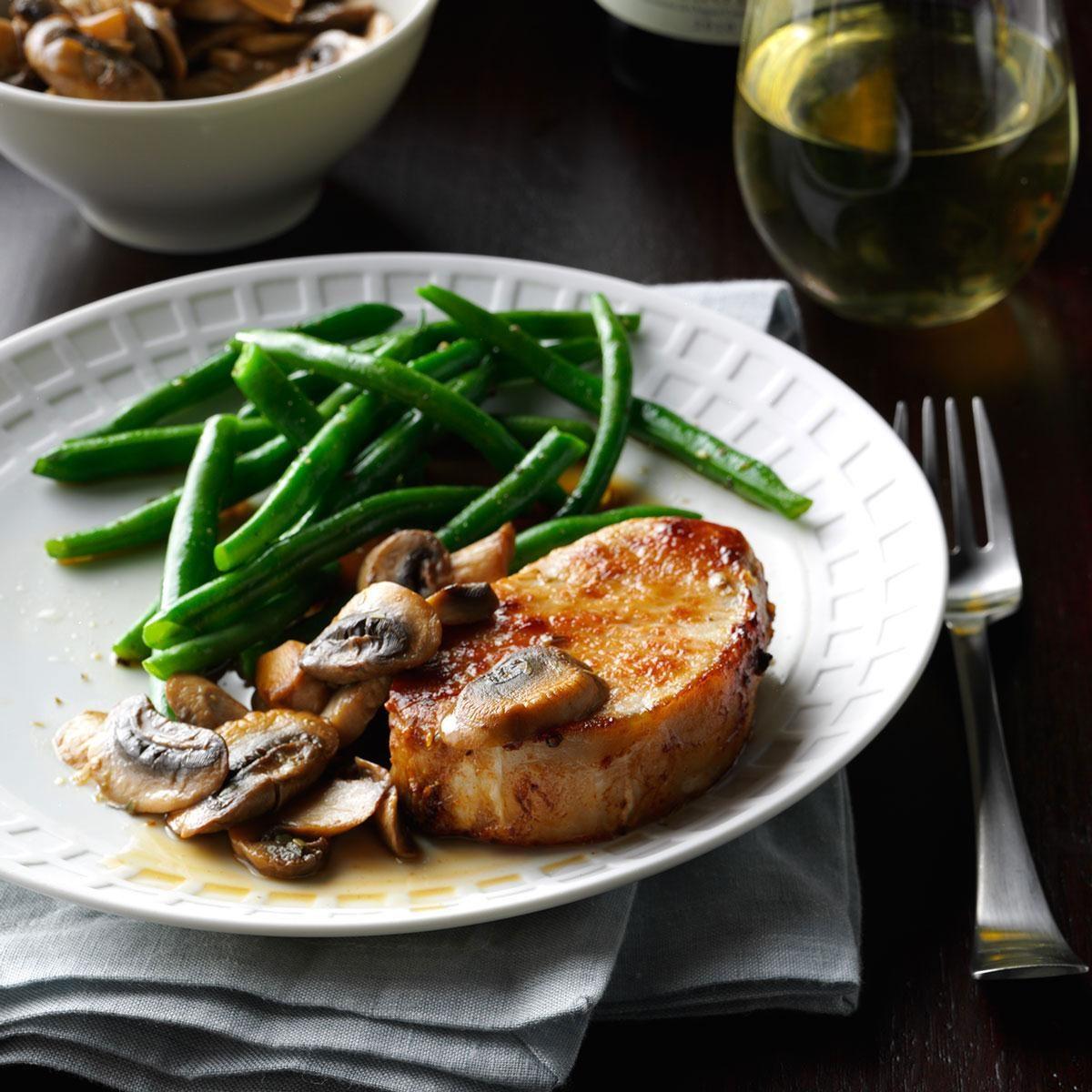 Pork Chops & Mushrooms Recipe