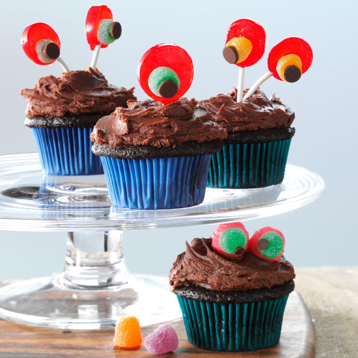 Devil 39 S Food Cupcakes With Chocolaty Frosting Recipe
