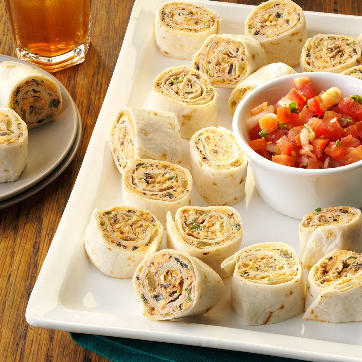 Fiesta pinwheels recipe taste of home for Appetizers to make at home
