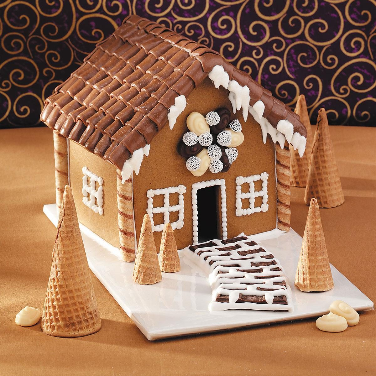 Ideas On Decorating Gingerbread House