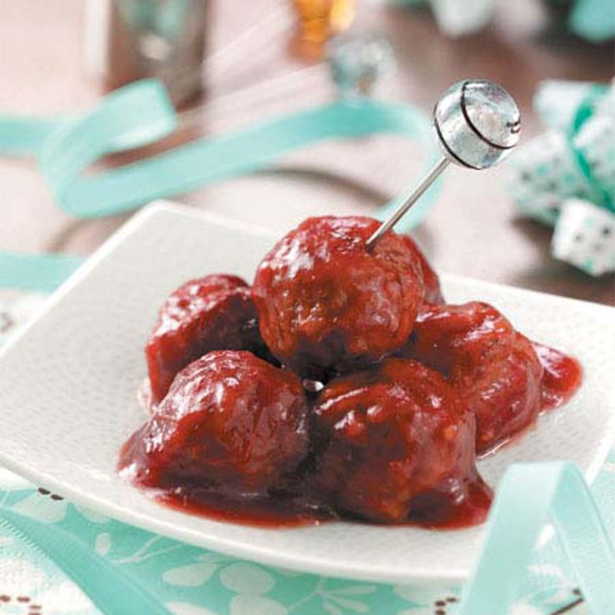 Cranberry Chili Meatballs Recipe | Taste of Home