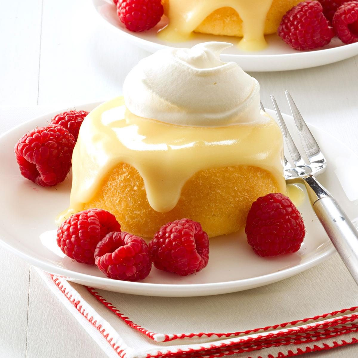 Best Holiday Rum Cake Recipe