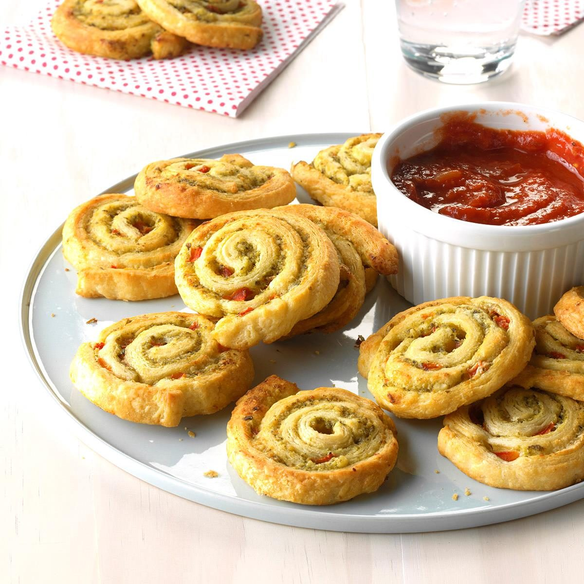 Easy Italian Desserts For A Crowd: Party Pesto Pinwheels Recipe