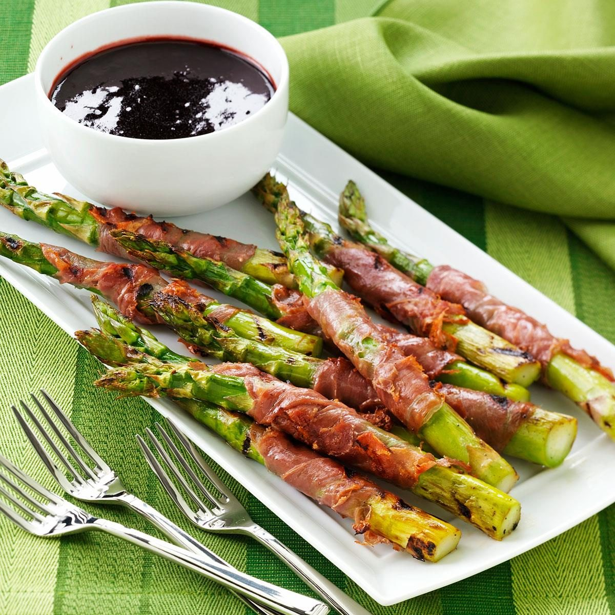 Prosciutto-Wrapped Asparagus with Raspberry Sauce Recipe | Taste of ...