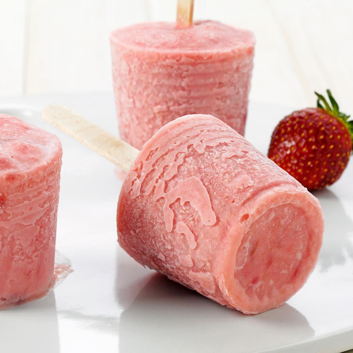 Strawberry-Rhubarb Ice Pops Recipe | Taste of Home